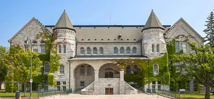 top canada universities - Queen's